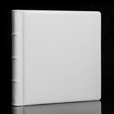 Album Fotograficzny Exclusive BLANC  25x25cm /20 kart W