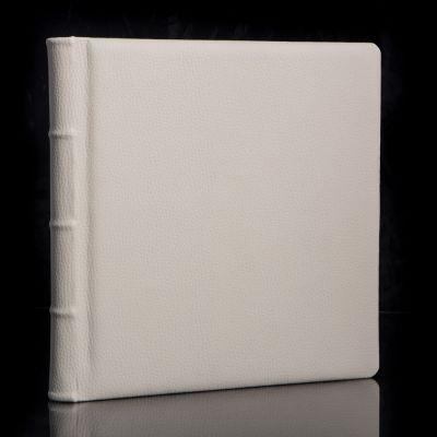 Album Fotograficzny Exclusive CREME  25x25cm /20 kart W