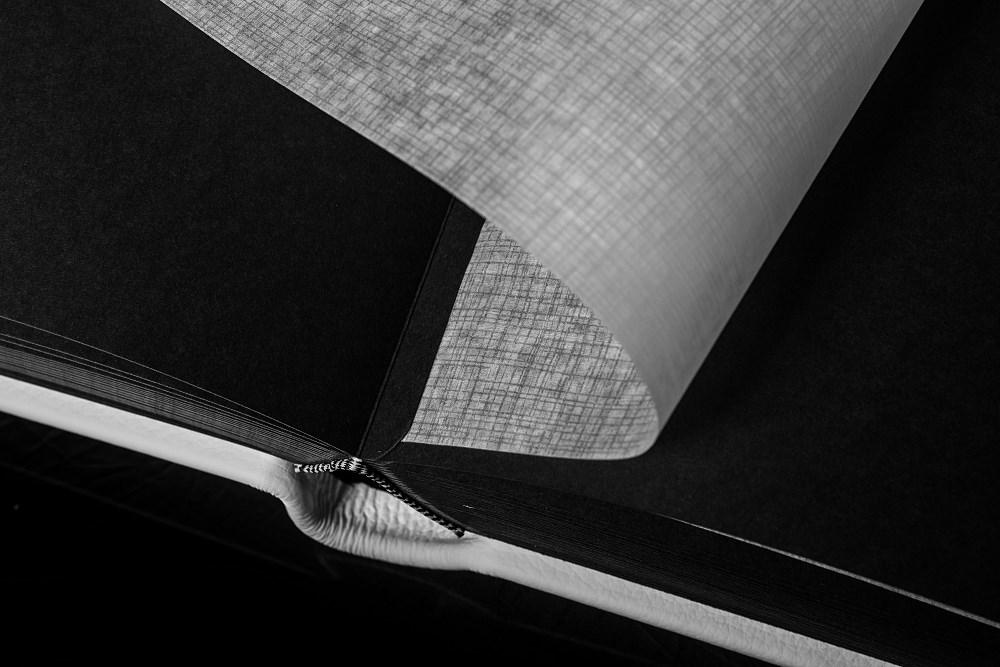 Album Exclusive - skóra naturalna biała 33x33cm/50 kart